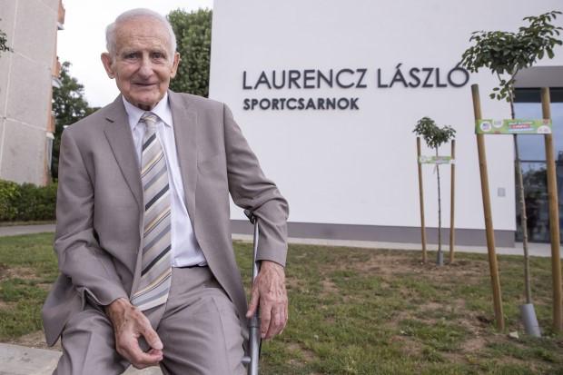 Átadták a csepeli Laurencz László Sportcsarnokot