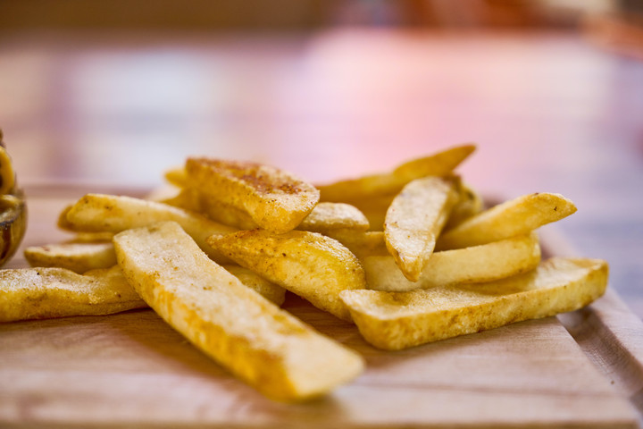 Daganatot okozhat a sütéskor keletkező akrilamid