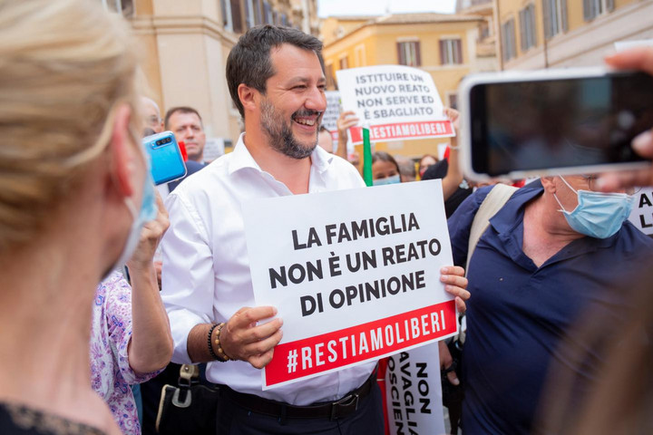 Irigylik a magyarokat az olasz családvédők