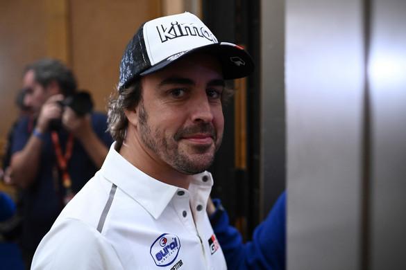 Fernando Alonso visszatér a Forma-1-be