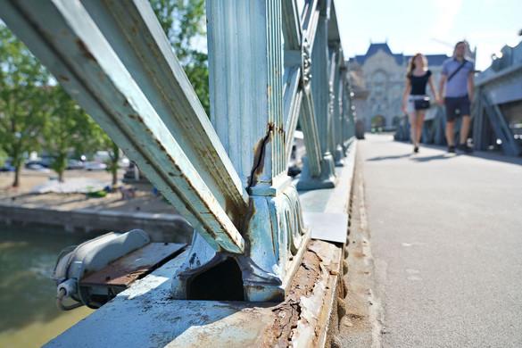 Bebizonyosodott: megvolt a pénz a híd felújítására