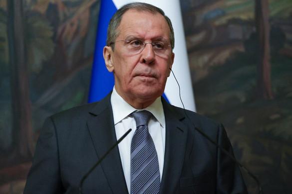 Washington tényeket titkol el Lavrov szerint