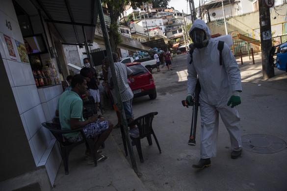 Rekordmértékben emelkedett a fertőzöttek száma a világon az utóbbi 24 órában