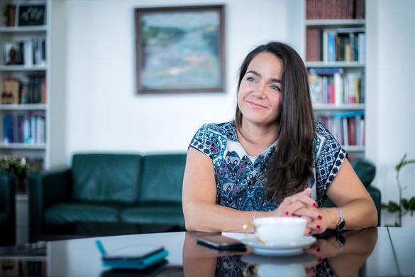 Novák Katalin: A kormány támogatja az anyatejes táplálást