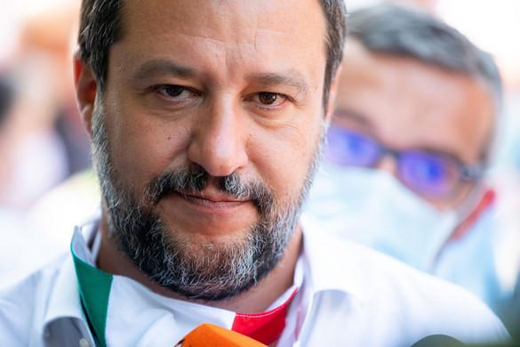 Salvini büszke a civil hajók megállítására