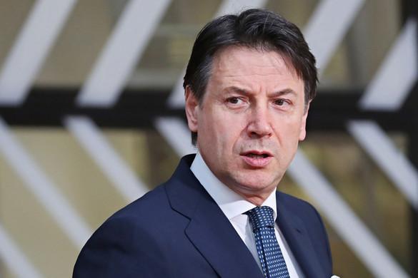 Mégis kikéri az ellenzék véleményét Giuseppe Conte