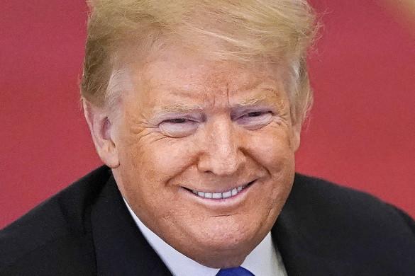 Donald Trumphoz kötődő tartalmakat töröltek