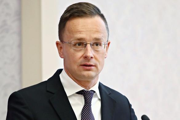 Szijjártó: A kormány szövetségesének tekinti a magyar vállalkozásokat