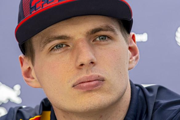 Lewis Hamilton az első számú esélyes, de Max Verstappen is sikerre éhes