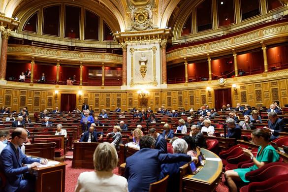 Kevés a személyi változás az új francia kormányban