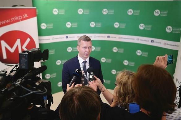 Új elnöke van a felvidéki Magyar Közösség Pártjának