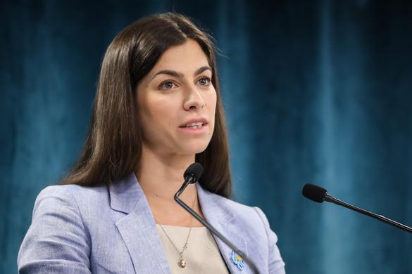 A kormány a legszélesebb körben kívánja támogatni a magyar könnyűzenei szakmát