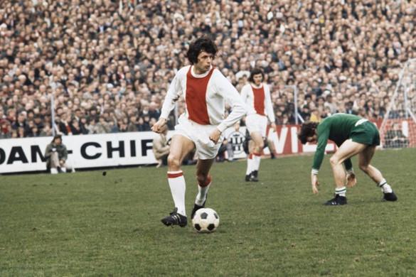 Elhunyt az Ajax legendás futballistája, Wim Suurbier