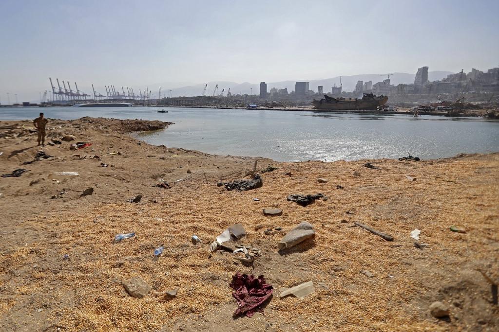 A bejrúti kikötőben kedd este történt robbanás következtében legalább 137 ember életét vesztette