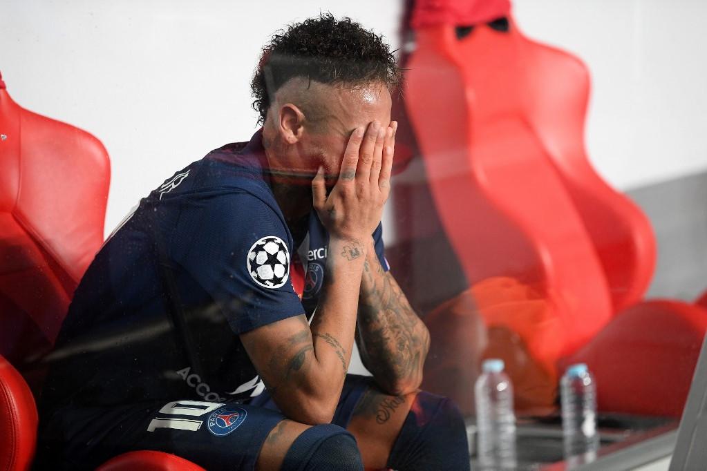 Neymar egyből zokogni kezdett a lefújás után