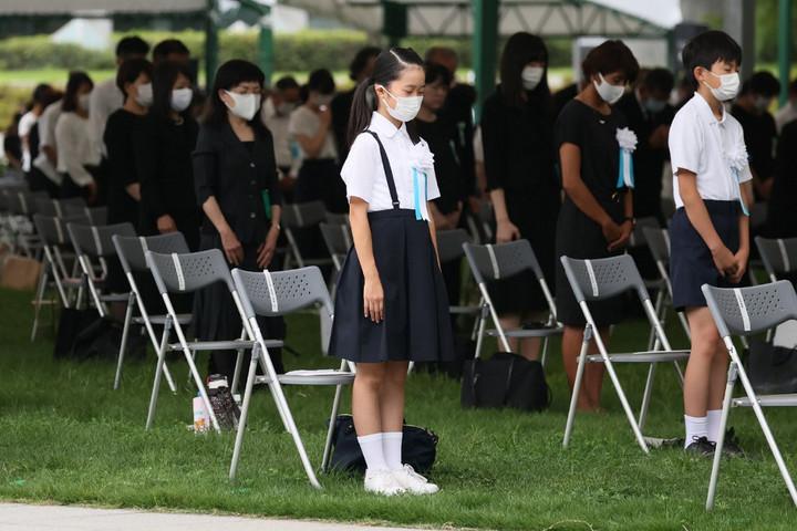 A hirosimai atomtámadásra emlékeztek Japánban