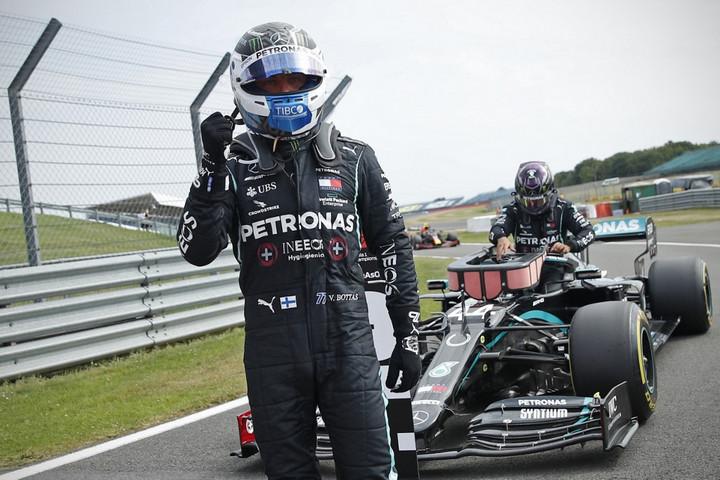 Bottasé a pole pozíció Silverstone-ban