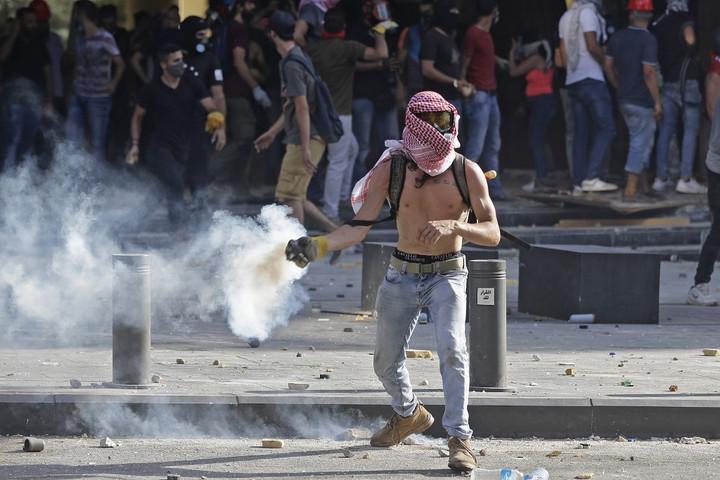 Ezrek követelik a politikai elit távozását Libanonban