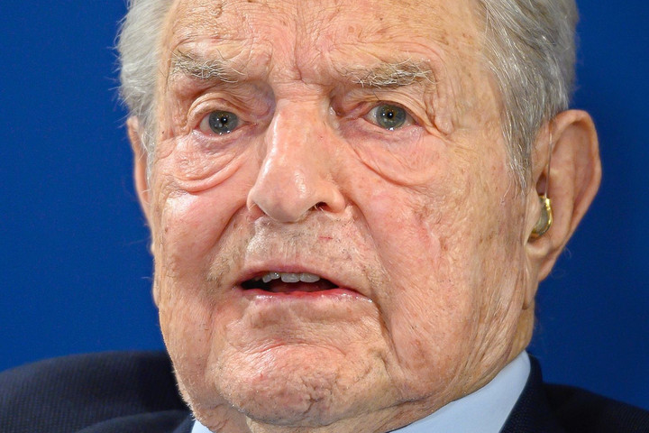 Soros György felszólította Brüsszelt, hogy ne adjon pénzt Magyarországnak