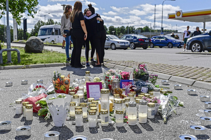 Tombolnak a bűnbandák Svédországban