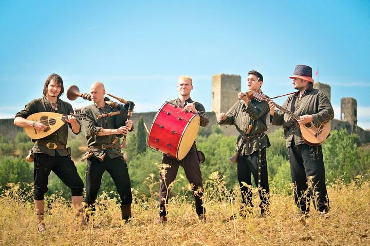 A metáltól a középkori világzenéig