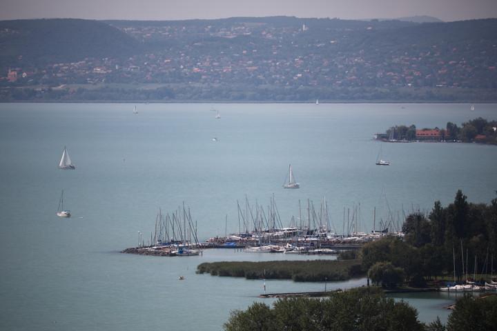 Fulladásos tragédiák árnyékolják be az idei nyarat a Balatonon