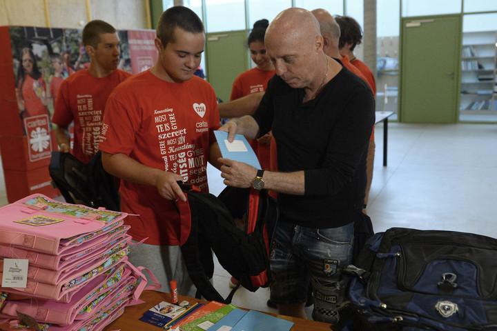 Elindította iskolakezdési segélyprogramját a Katolikus Karitász