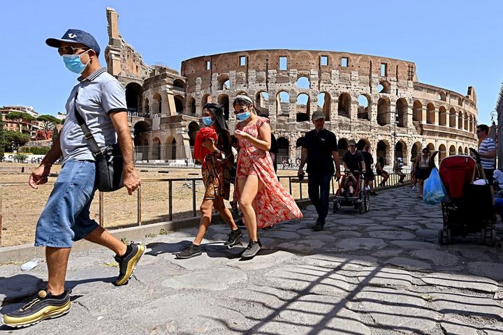 Olaszország is beszállt a vakcinaversenybe