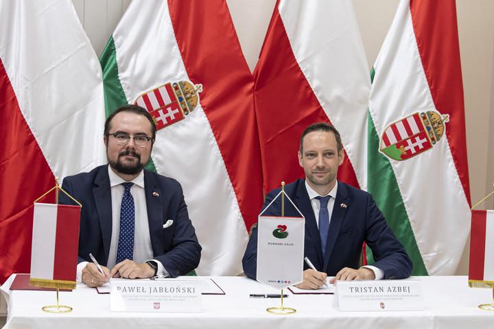 Magyar-lengyel humanitárius együttműködésről írtak alá megállapodást