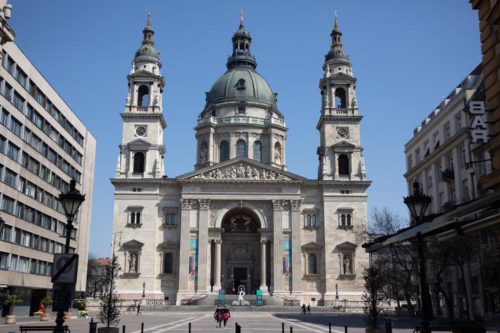 Megtartják az augusztus 20-i szentmisét a Szent István-bazilikában