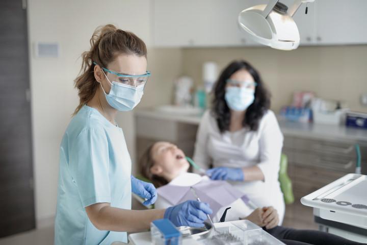Újabb fogászati kezelések érhetőek el állami támogatással