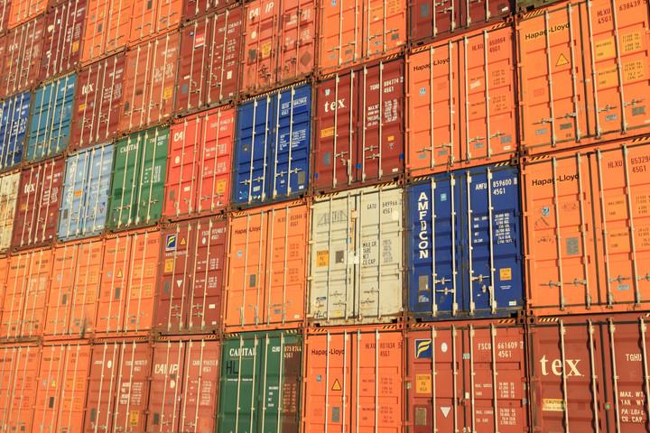 KSH: 655 millió euró volt a külkereskedelmi többlet júniusban