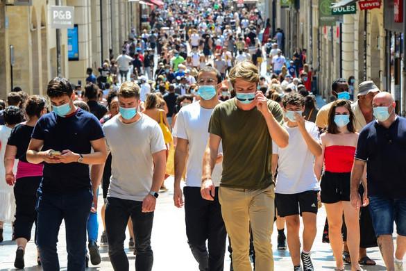 Átlépte 25 milliót a fertőzöttek száma a világban