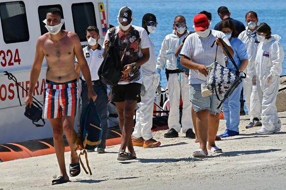 Lampedusán tüntettek a migráció ellen