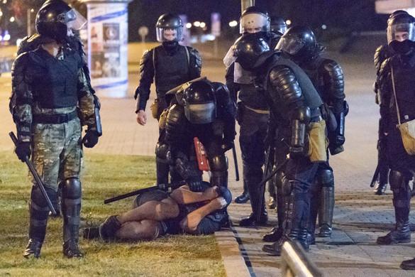 Háromezer ember őrizetben a fehérorosz elnökválasztás után