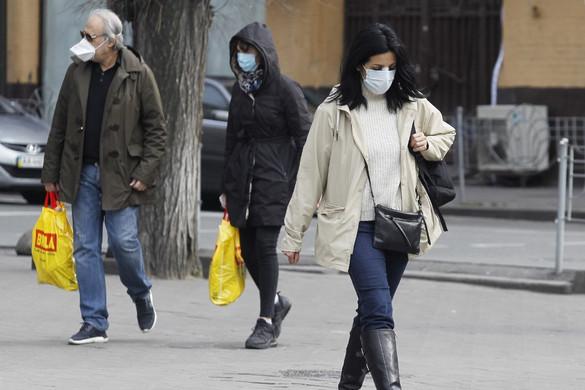 Nem lassul Ukrajnában a fertőzés terjedése