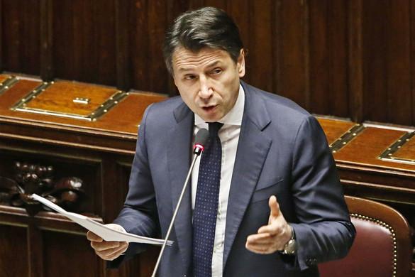 Nő a nyomás az olasz kormányon