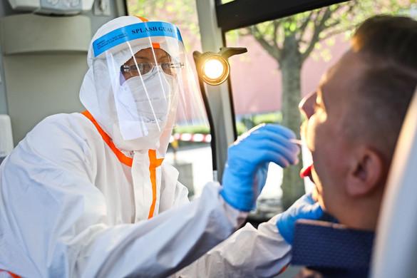Ismét nagyot emelkedett a beazonosított fertőzöttek száma hazánkban