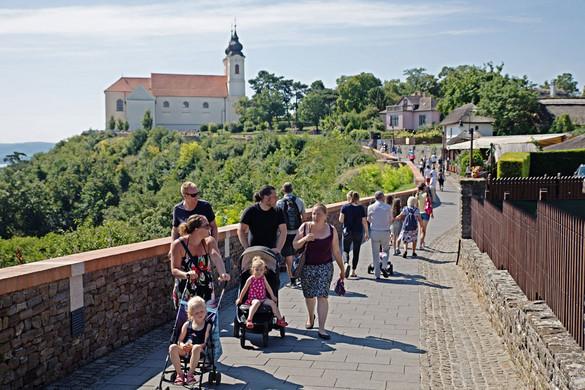 Feléledt  a belföldi  turizmus