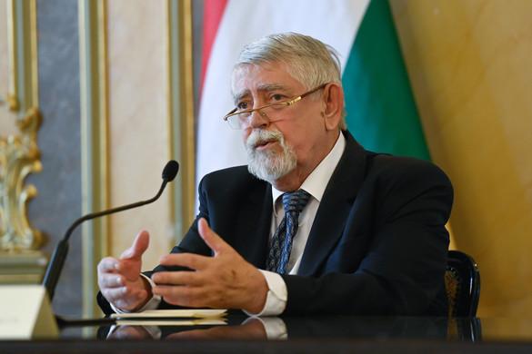 Kásler Miklós hivatalosan is felkérte a javaslattevő bizottság tagjait
