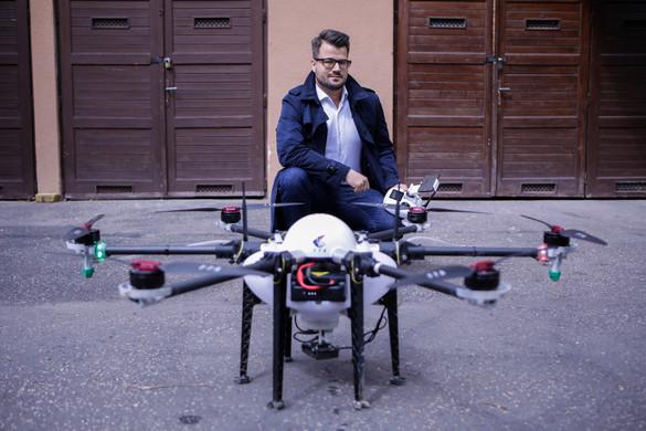 Drónokkal a járvány ellen