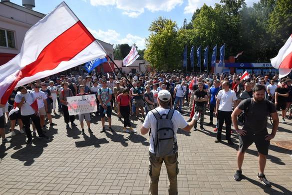 Az EBESZ felajánlotta, hogy közvetít Lukasenka és az ellenzék között