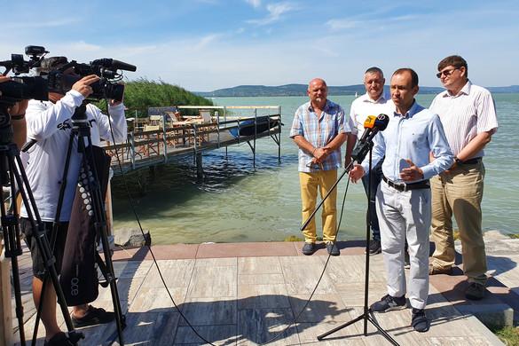 Szabadstrandok tucatjai várják a kikapcsolódni vágyókat a Balatonon