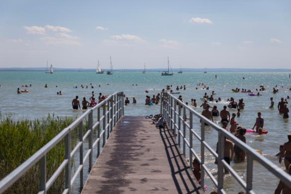 Újabb szabadvízi strandok újulnak meg nyárra