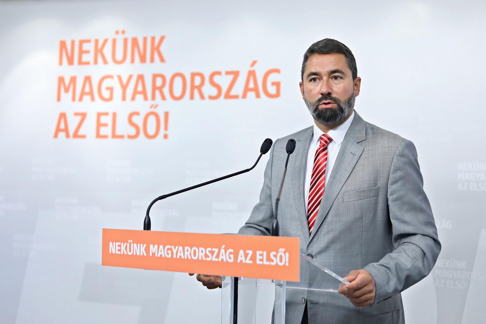 Hidvéghi Balázs