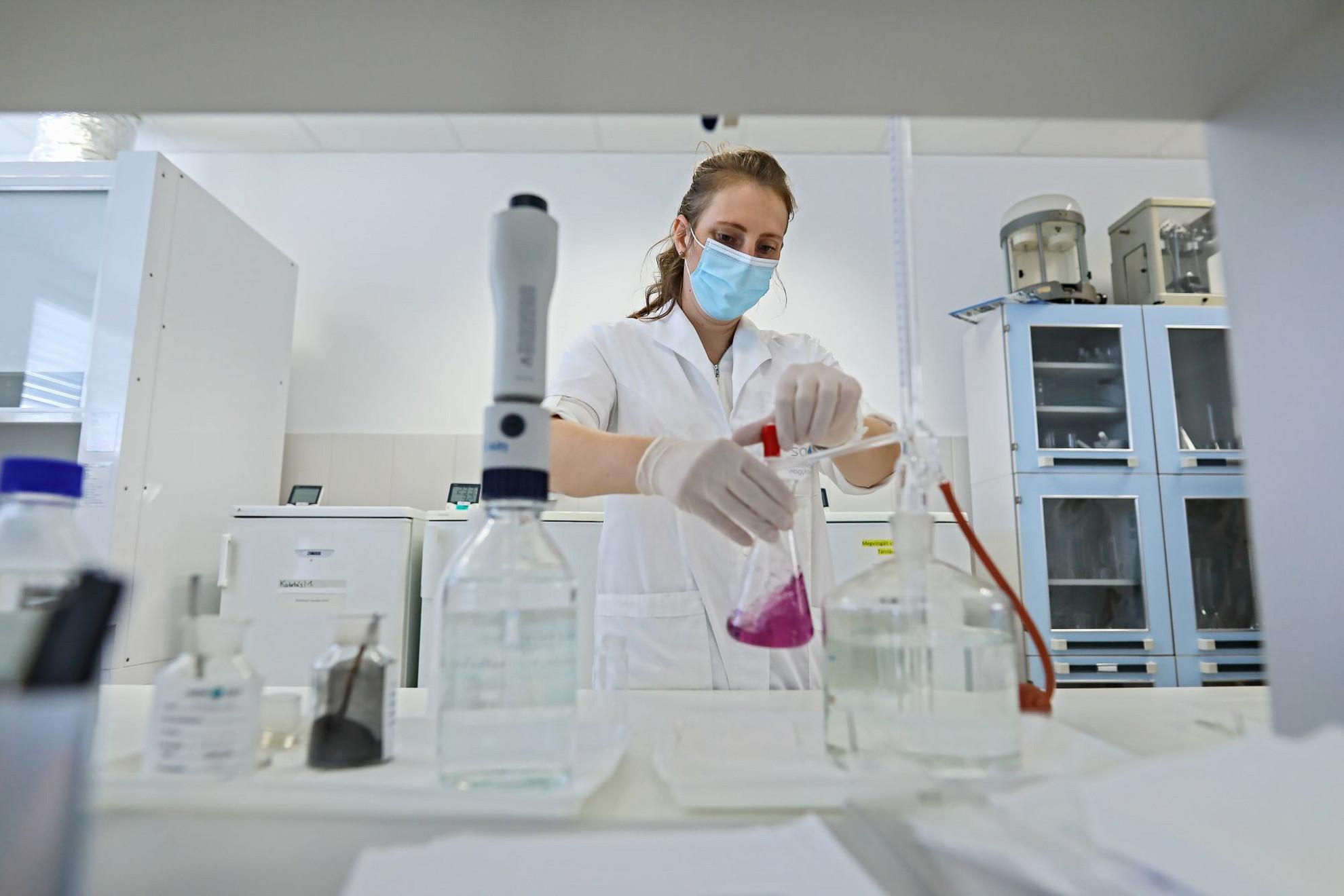 Szennyvízkezelés, valamint a kút- és ivóvizek mikroműanyag-mentesítése is a kutatási program része