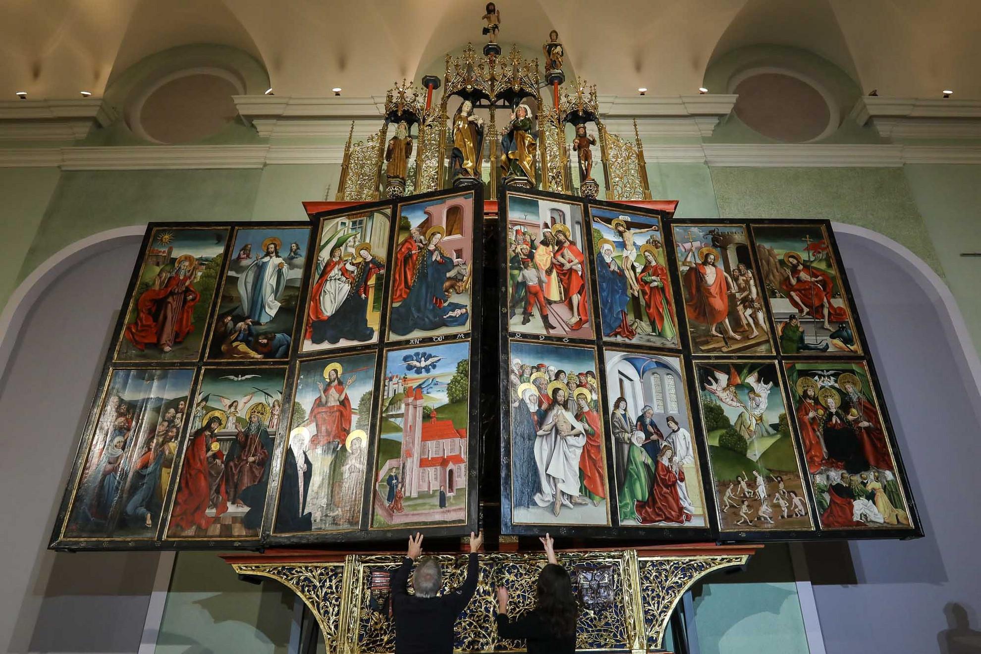 A késő gótikus remekmű szerdától látható a Magyar Nemzeti Galériában