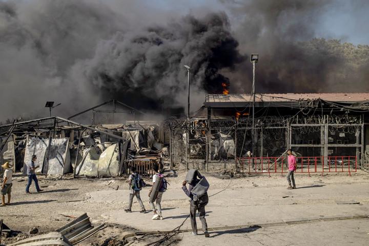 Tűz ütött ki a hírhedt moriai táborban