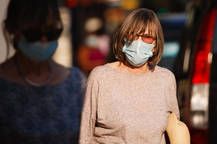 Meghaladta a kétezret a napi fertőzöttek száma Csehországban