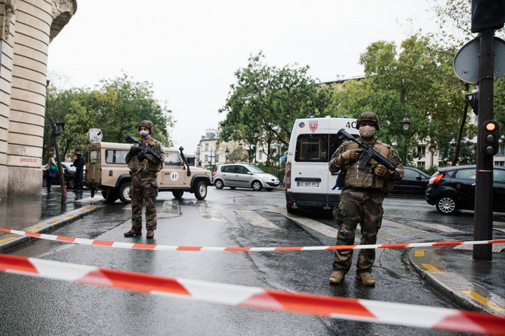 Növelik azoknak a párizsi helyszíneknek a védelmét, ahol iszlamista támadások voltak